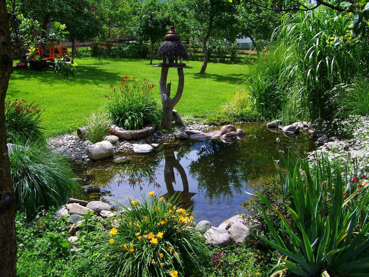 Gartenteich | DIY Gartenteich - Teich schön gestalten | Kalaydoskop #fountaindiy