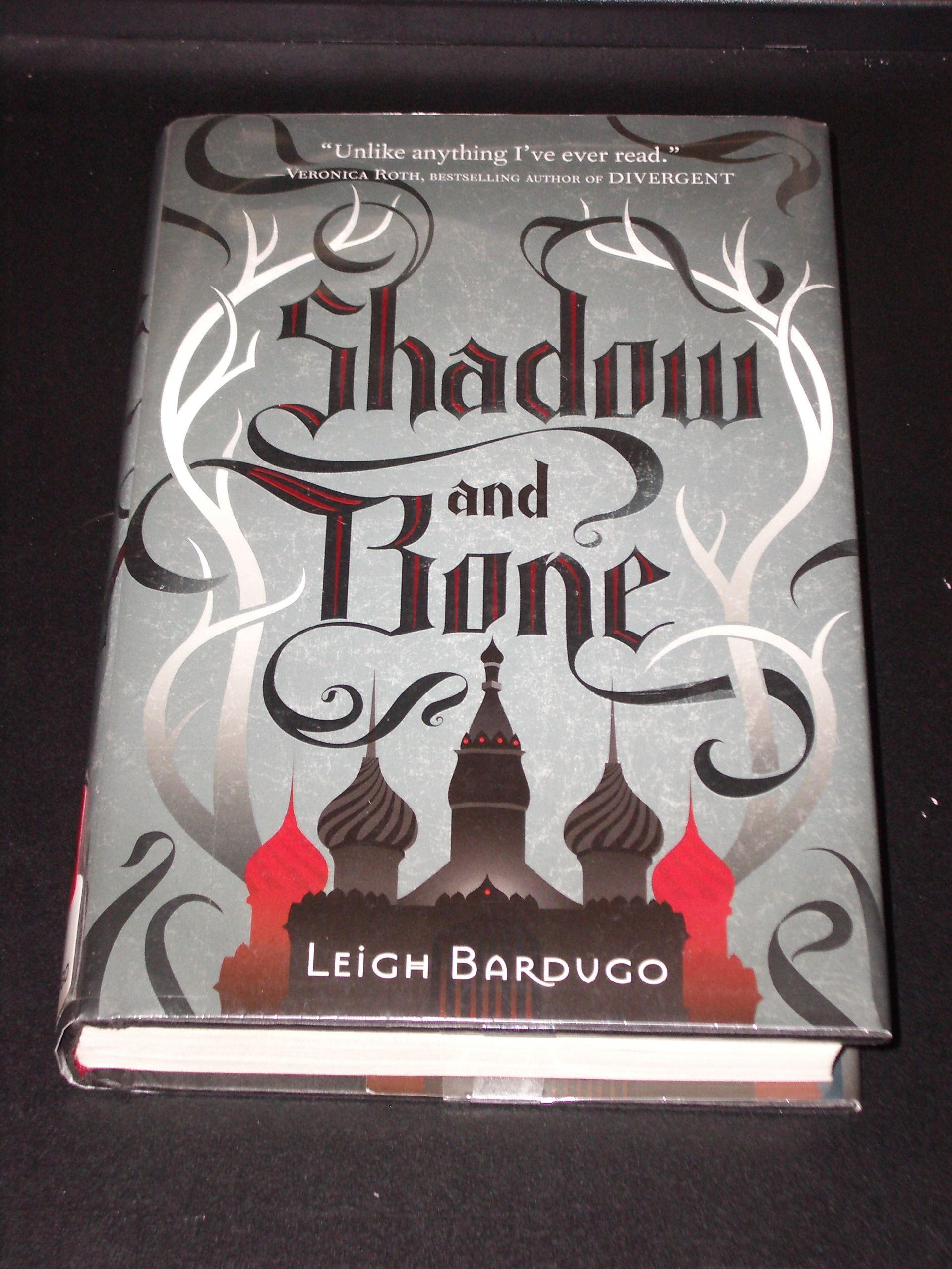 Revisited Shadow And Bone By Leigh Bardugo The Grisha Trilogy Shadow Leigh Bardugo