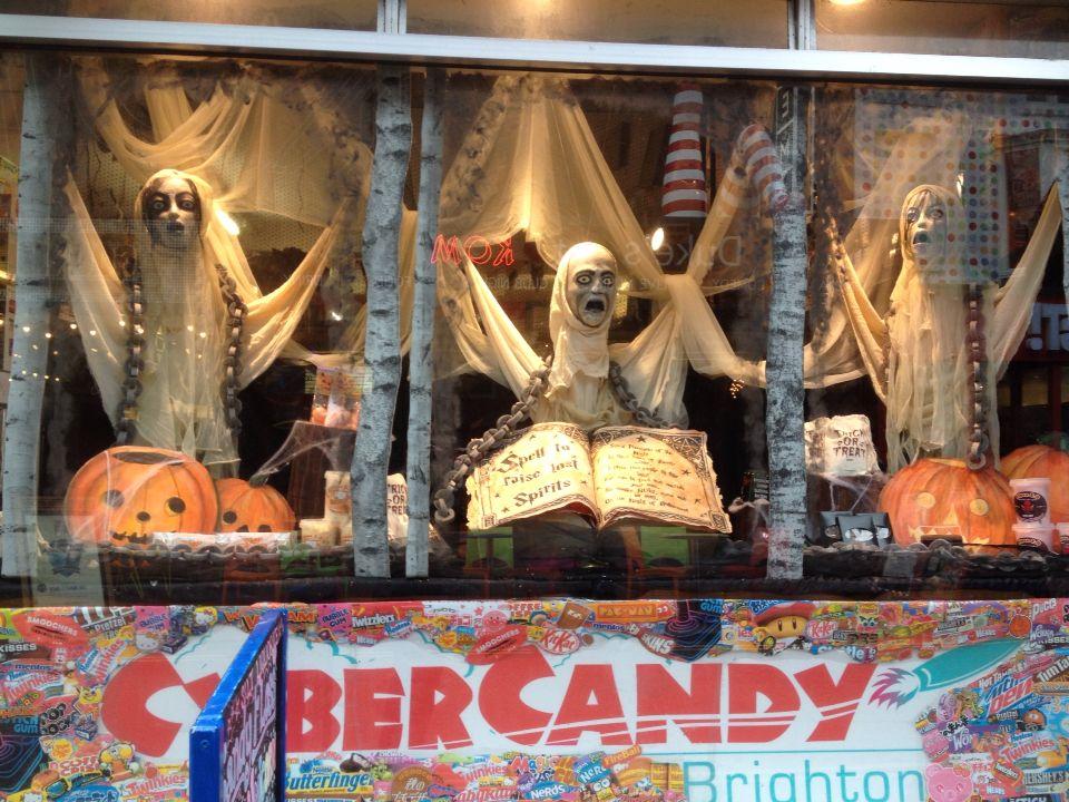 Halloween Shop Displays.Halloween Shop Window Display At Cyber Candy North Laine Brighton