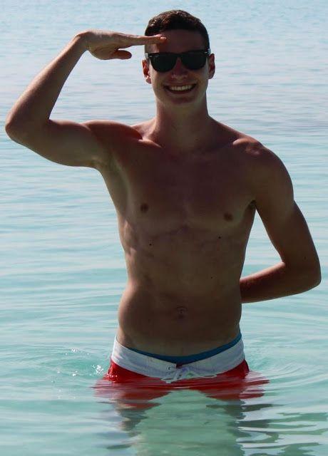 Julian Draxler Body