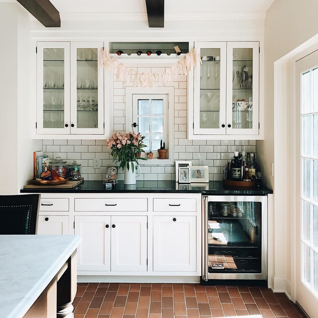 4 347 Likes 63 Comments Patti Patticakewagner On Instagram Got Called Out By Ava That I Need To Take Down Livy S Bir Home Kitchen Remodel Home Kitchens