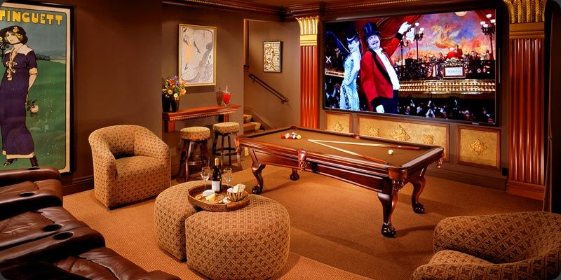 With the world still dramatically slowed down due to the global novel coronavirus pandemic, many people are still confined to their homes and searching for ways to fill all their unexpected free time. game room layout | Small game rooms, Home game room, Game ...