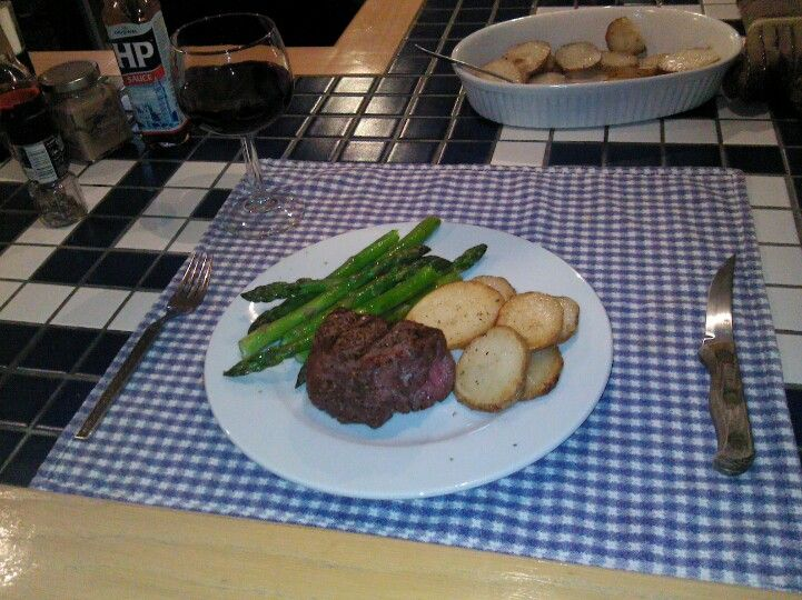 Filet mignon, grilled asparagus and simple buttered potatoes