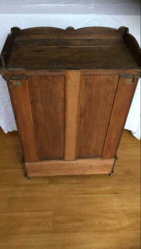 Te Koop Antiek Hangkastje Antiek Meubels Kasten