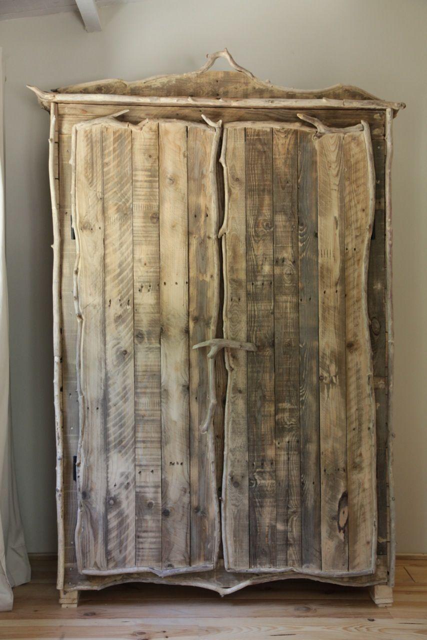 Les Armoires En Bois tout armoire en bois flotté | ameublement & déco | pinterest | armoires