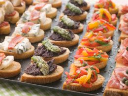 Quick And Easy To Prepare Room Temperature Appetizer Recipes Diy Wedding Food Food Wedding Food Stations