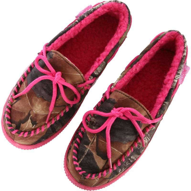 bedroom slippers womens mossy oak camo shoes w pink lace and stitch misc 10670