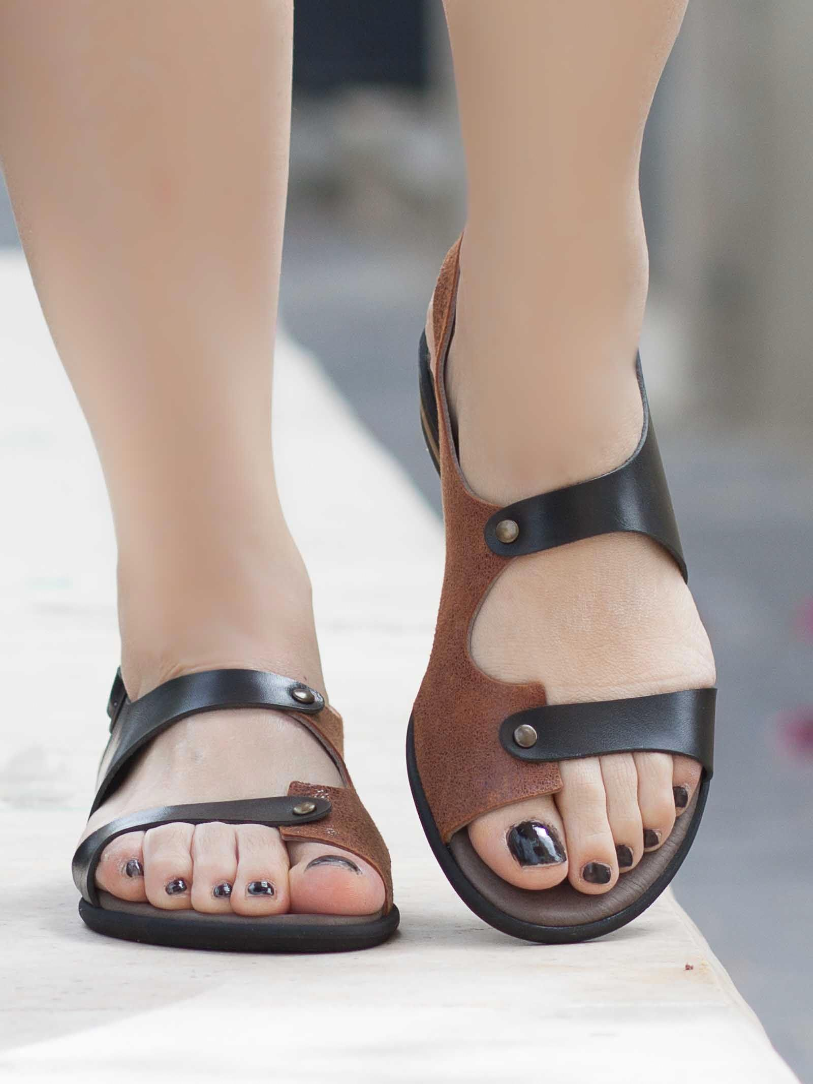Womens sandals, Leather sandals flat