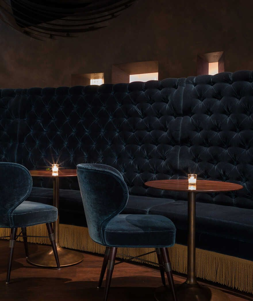 Deep Dive A Luxurious New Bar In Seattle By Graham Baba Architects Modern Dining Chairs Interior Bars For Home