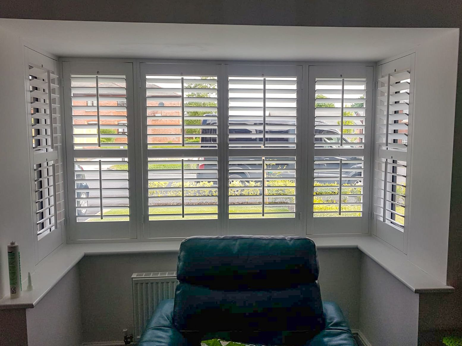 Who else is missing the sun 😢 A box bay window shutter