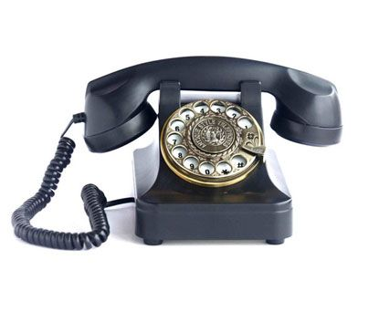 Vintage Telephone available on: http://simplecastle.com/product-details.asp?id=162