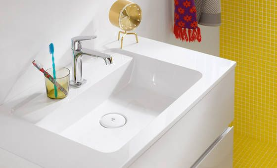 Sideboard badezimmer ~ Luxus badezimmer ideen marmor fliesen goldener glanz beleuchtung
