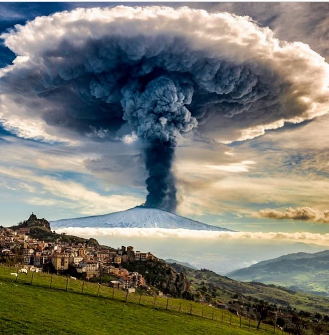 Mount Etna Italy Nature pictures, Nature photos, Nature