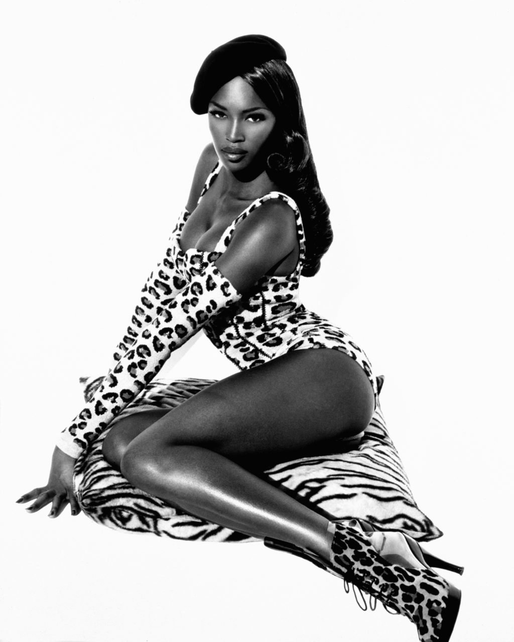 Wetblog wetblog naomi Download (1024x512); My favorite pinup style picture of Naomi Campbell.  Shot by Herb Ritts Pin-Up Download (1024x1280); Sergey naomi ...