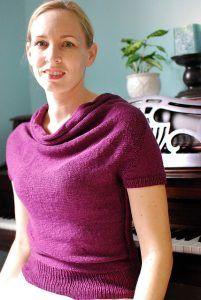 Bluse med draperet hals #gratisstrikkeopskrifter