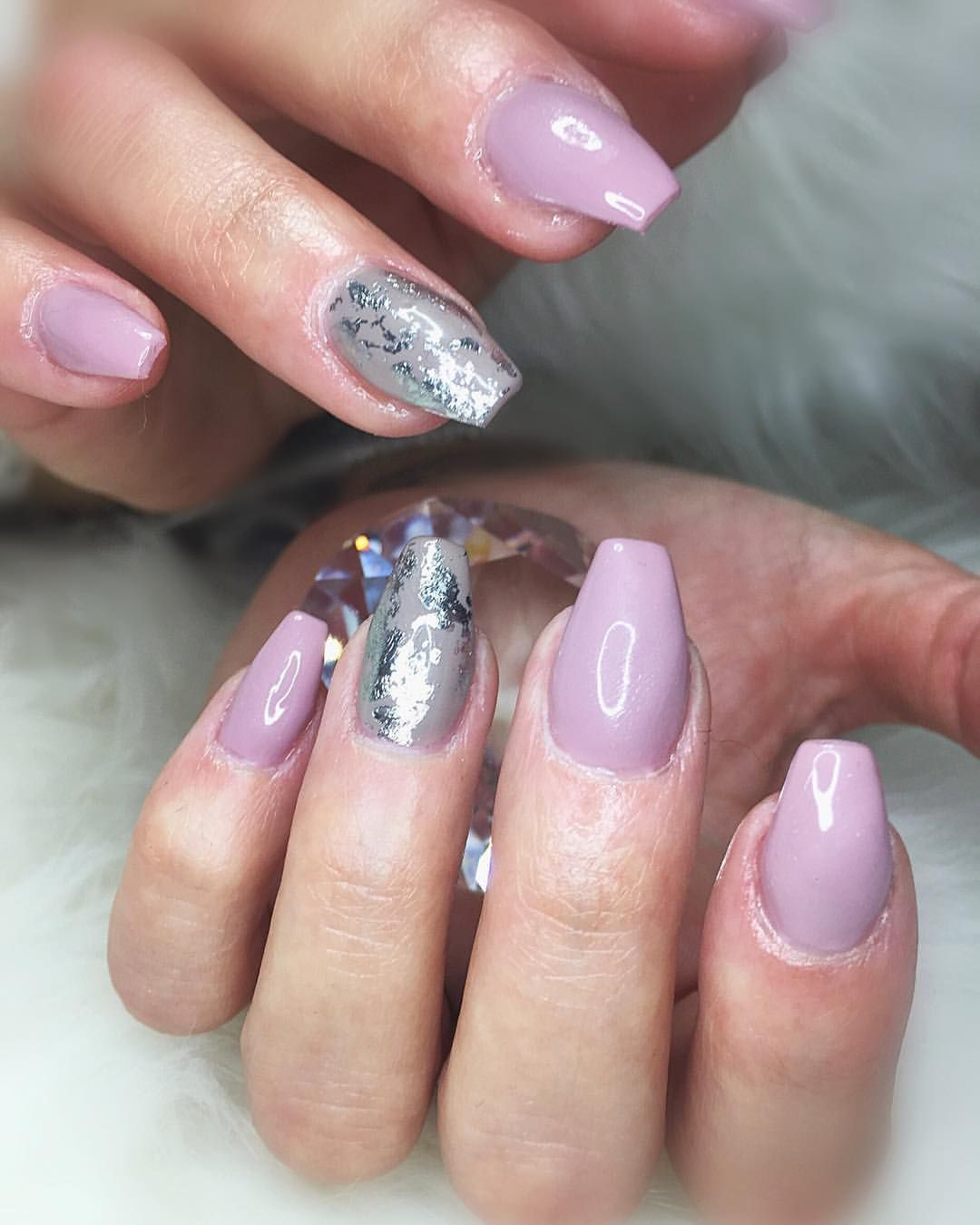 lilly nails stockholm