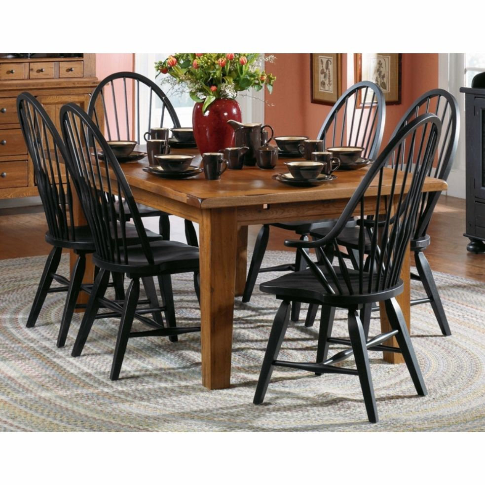 Broyhill Furniture Broyhill Attic Heirlooms Dining Table