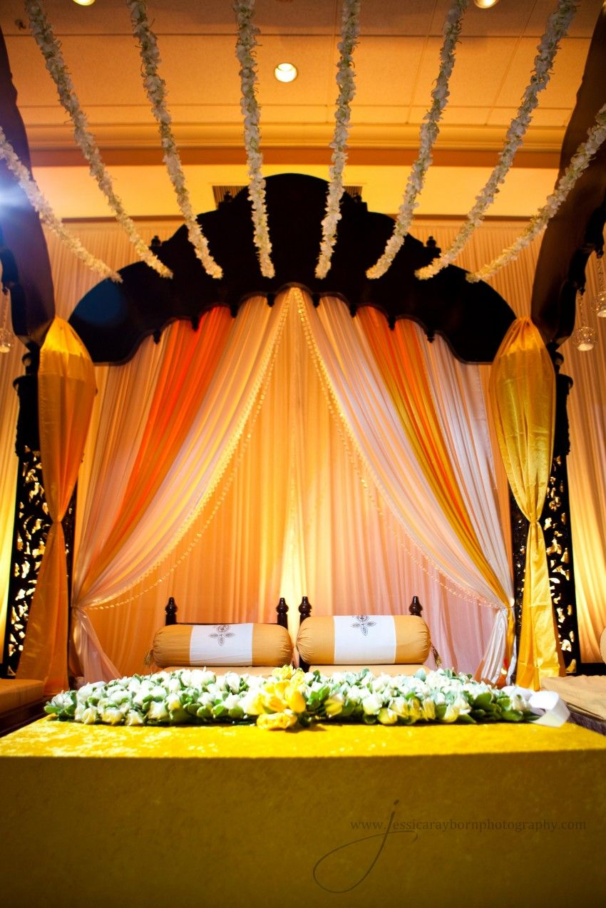 Shamma tahsin holud suhaag garden gaye holud decor bengali wedding guide gaye holud or turmeric on the body stage decoration idea junglespirit Choice Image