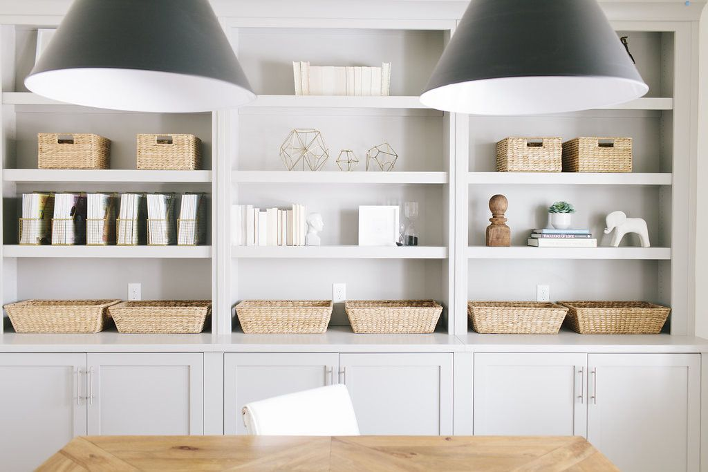 Best House Of Jade Interiors Wall Color – Benjamin Moore White 400 x 300