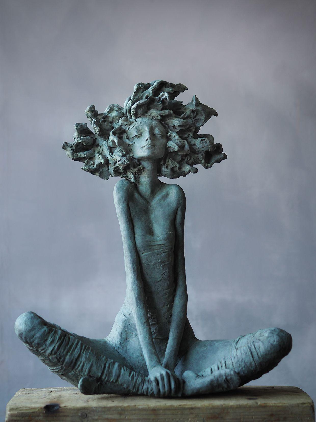 Sculpture Femme Ronde Colorée Épinglé par beautiful & blessed artwork sur valerie hadida