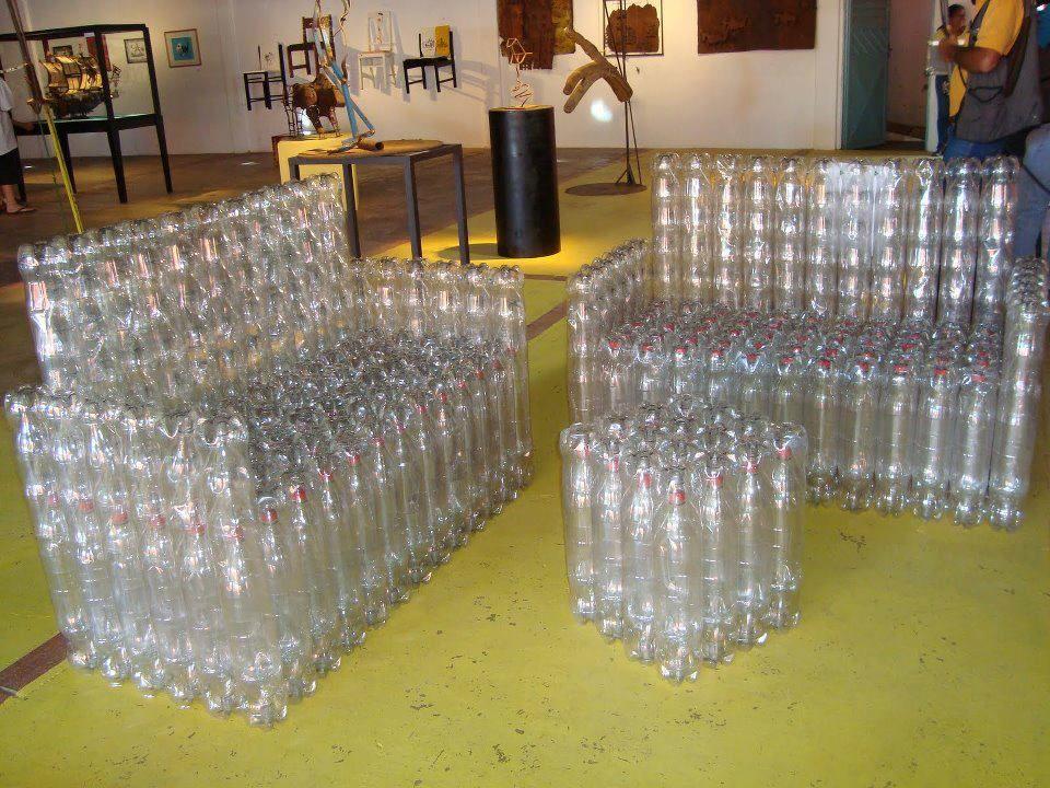 sillones reciclados con botellas  0399c549b1de