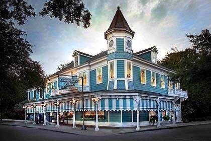 Commanders Palace Restaurant, garden District, New Orleans, Louisiana