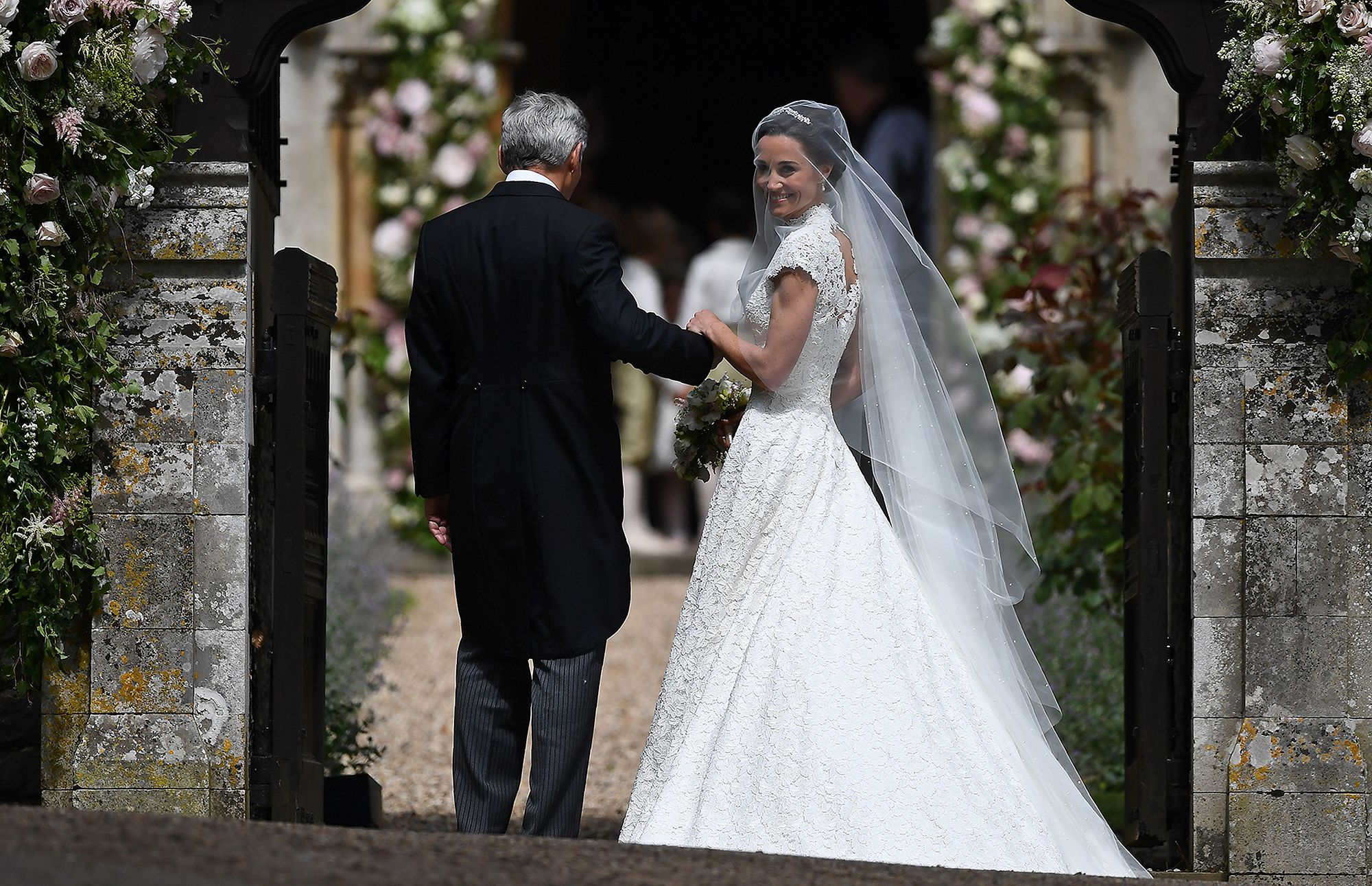 Here Comes the Bride! See Pippa Middleton\'s Stunning Wedding Gown ...