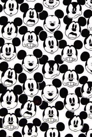 ◑ B & W ◑ Mickey