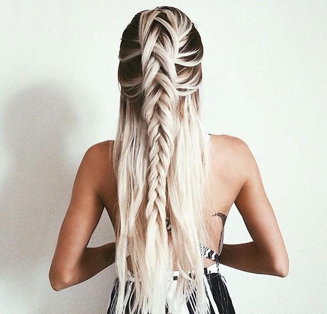 30 Creative And Unique Wedding Hairstyle Ideas: Long Hair Styles, Unique