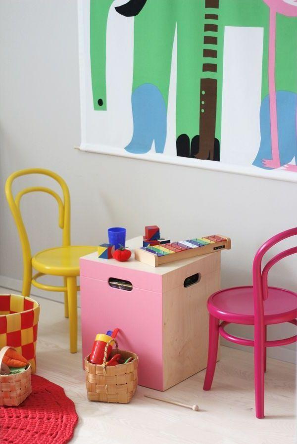 Kinderzimmer Farbige Einrichtung Spielzeuge