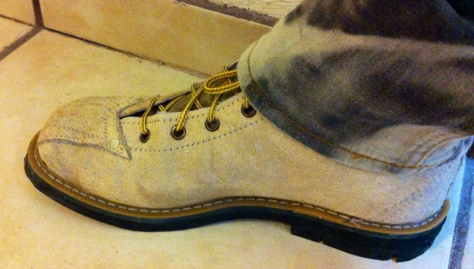 Burras zapatos en 2019 combat boots boots y dr - Burras para ropa ...