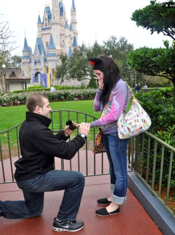 I Wish He Would Do This For Our Anniversary We Ll Be Disney World