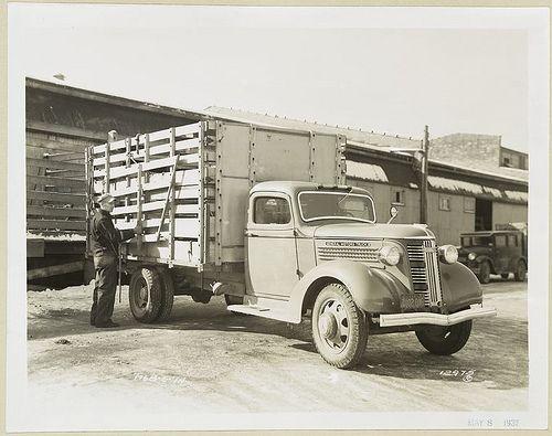 Photographs Of General Motors Cars And Trucks 1902 1938 Gmc Trucks Trucks General Motors Cars