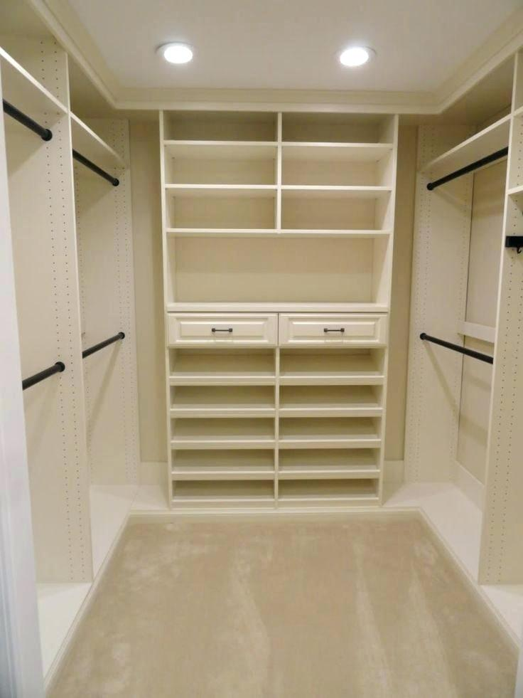 Simple Walk In Closet Design Closet Layout Master Closet Design Closet Design Layout