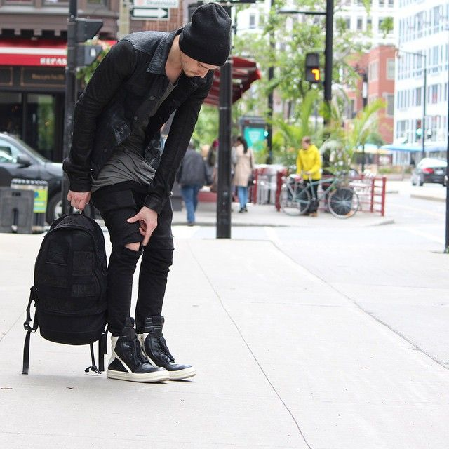 aug 7 how to style with sneakers rick owens geobasket style pinterest rick owens man. Black Bedroom Furniture Sets. Home Design Ideas