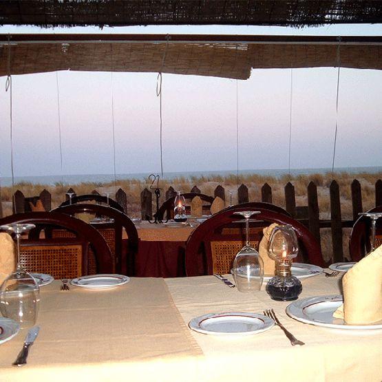 Chiringuito La Gola Playa En Isla Cristina Huelva Chiringuitos Restaurantes Pies De Playa