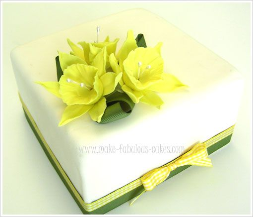 This gum paste daffodil tutorial with pictures will guide you on how to make one.