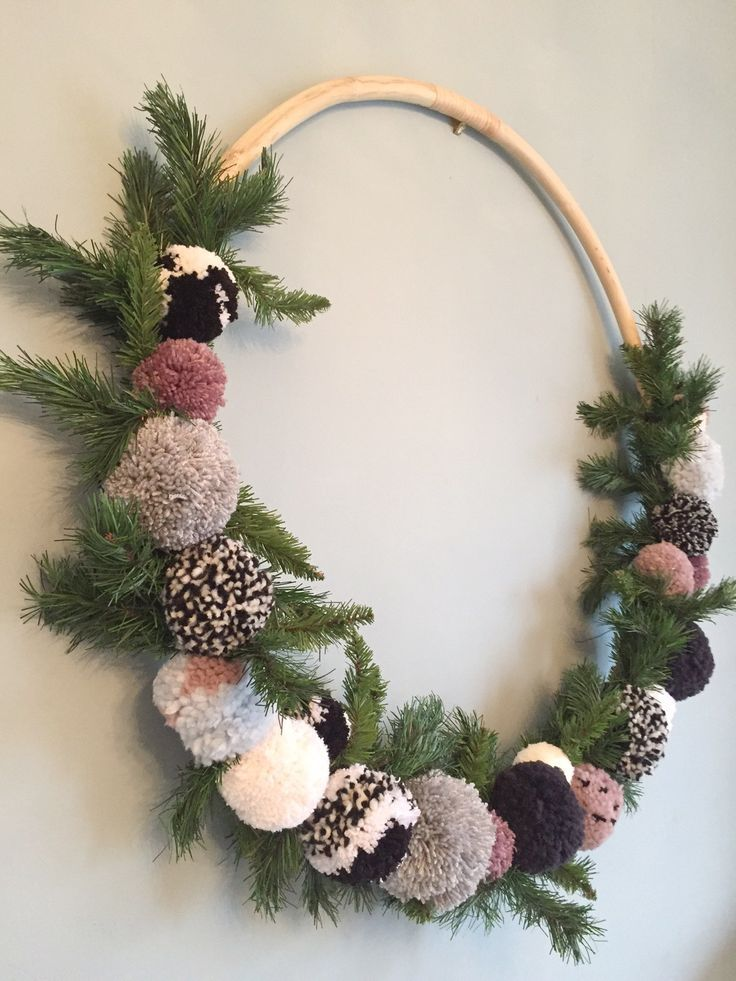 Photo of Window Decorations for Christmas: Giant Hula Hoop Pom Pom Wreath | Couture Craf …