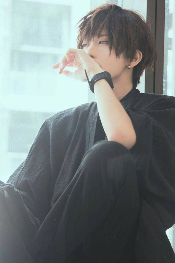 WHO IS THIS GUY????   Cosplay anime, Cosplay boy, Cosplay