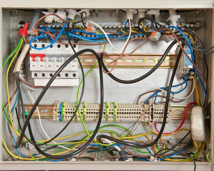 8 signs you may have a problem with your electrical wiring rh pinterest co uk Basic House Wiring Basic House Wiring