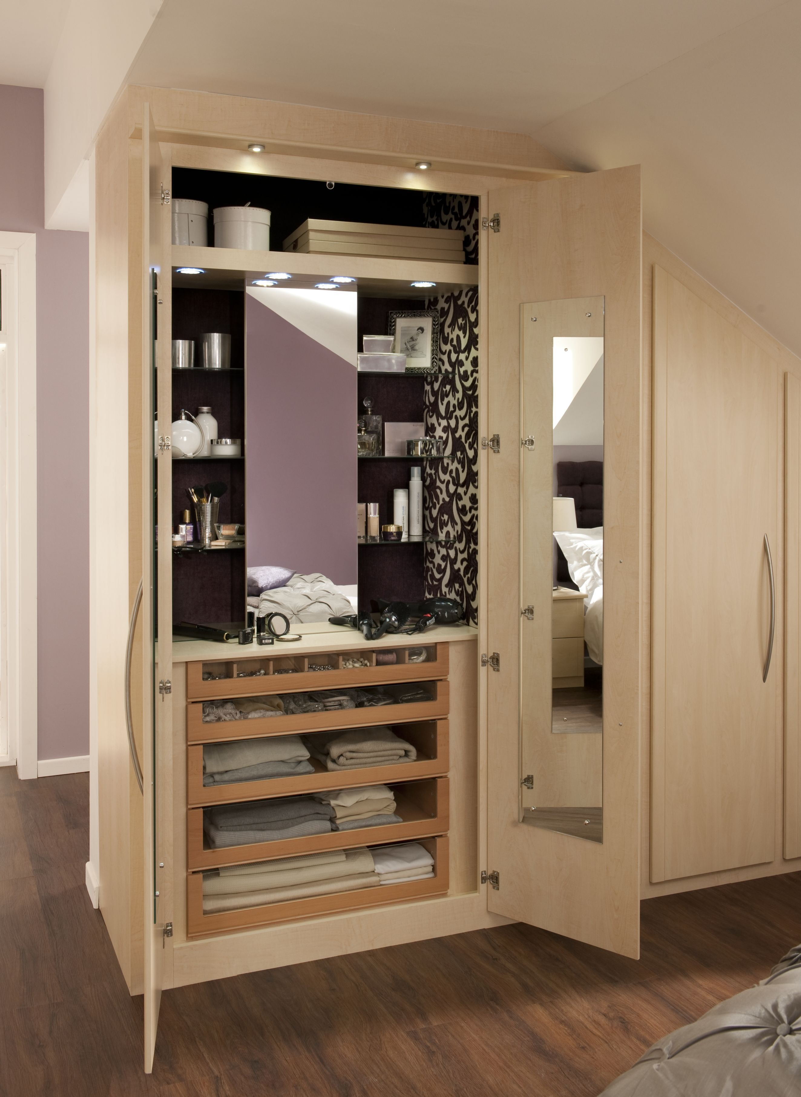 Good Glamour Cabinet from Sharps featured in Milan Maple