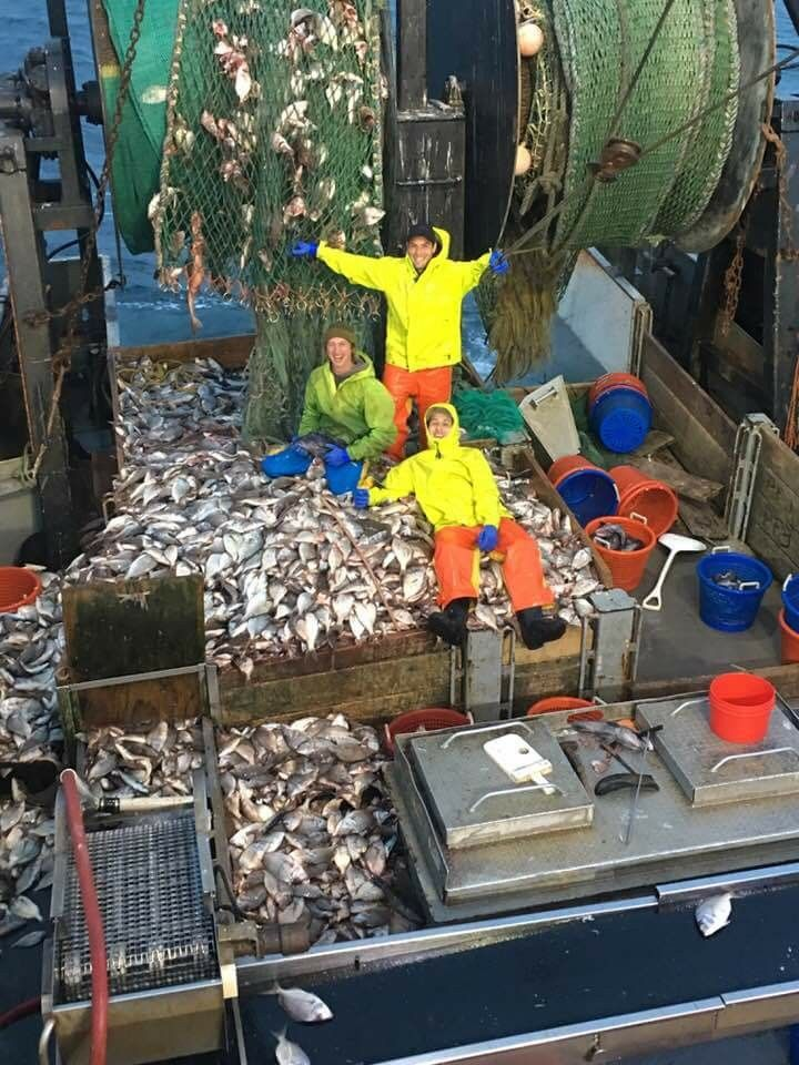 Capt. Dave's F/V Caitlin & Mairead loaded up with scup off