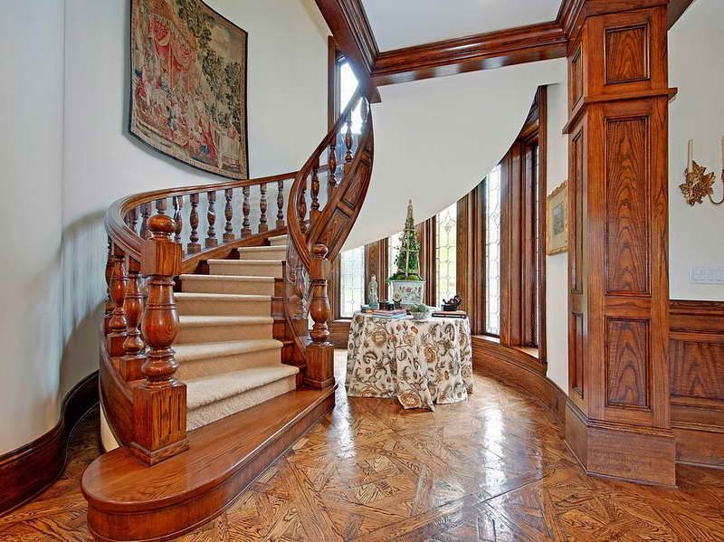 Wooden Victorian Style House Victorian House Interiors House