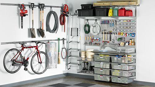 Verwenden Sie unseren elfa Utility Horizontal Bike Hook, um Ihr Fahrrad in einer Garage oder …