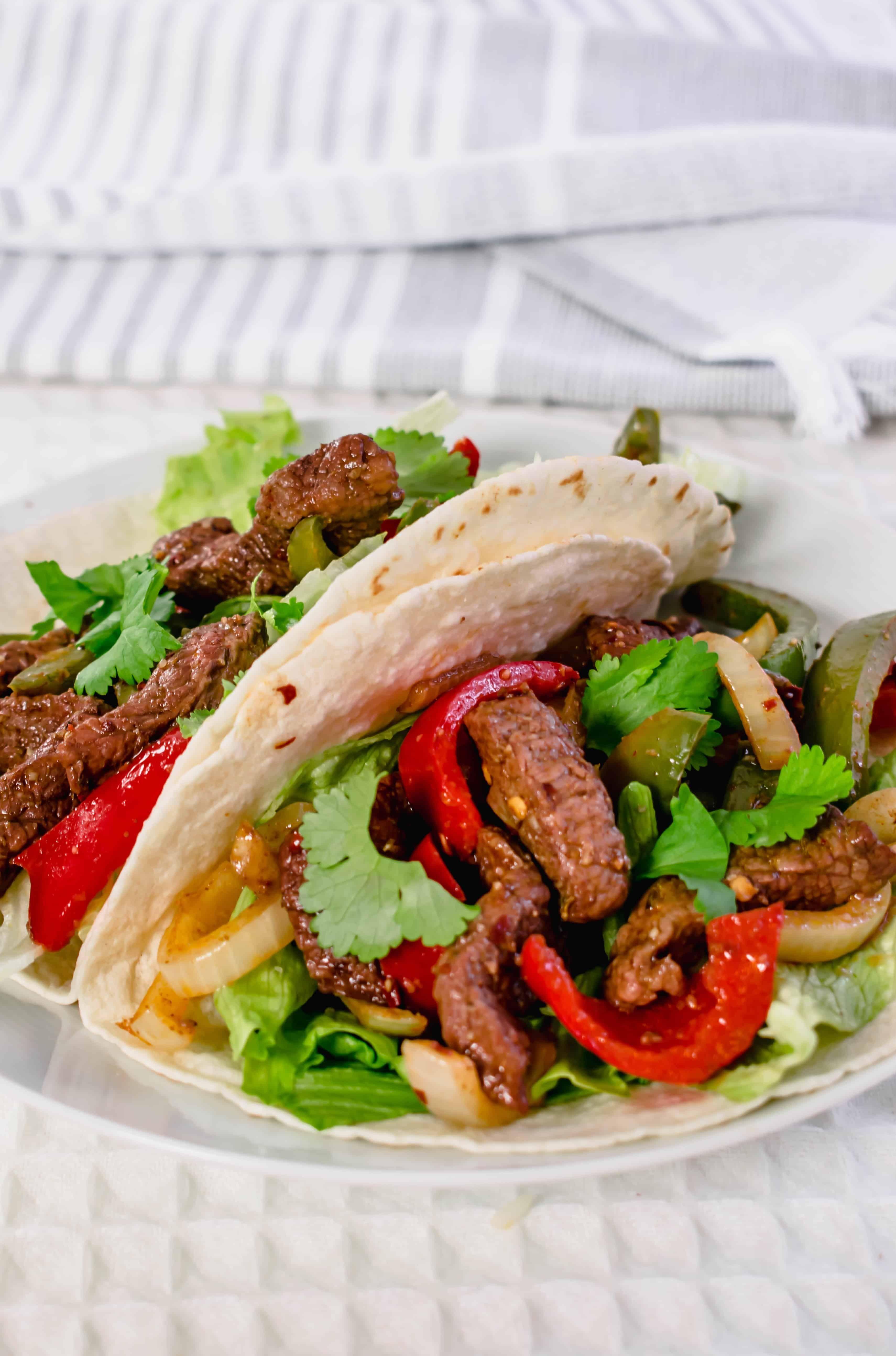 Actifry Steak Fajitas Recipe | Easy & Healthy | Hint Of Helen #steakfajitarecipe Actifry Steak Fajitas Recipe | Easy & Healthy | Hint Of Helen #beeffajitarecipe