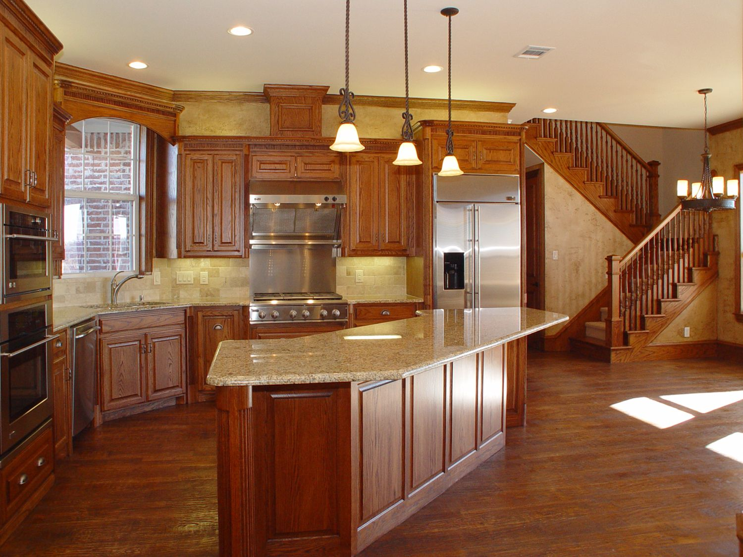 Best Oak Beautiful Custom Cabinets Hand Scribed Wood Floor 640 x 480