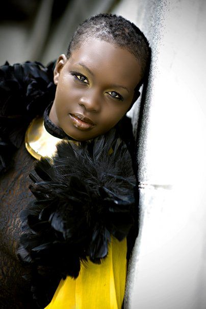 Rocking style with #TWA #naturalhair Loved By NenoNatural!