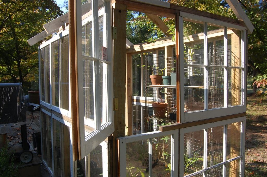 5 types of greenhouses you can build out of recycled materials - Garden Sheds From Recycled Materials