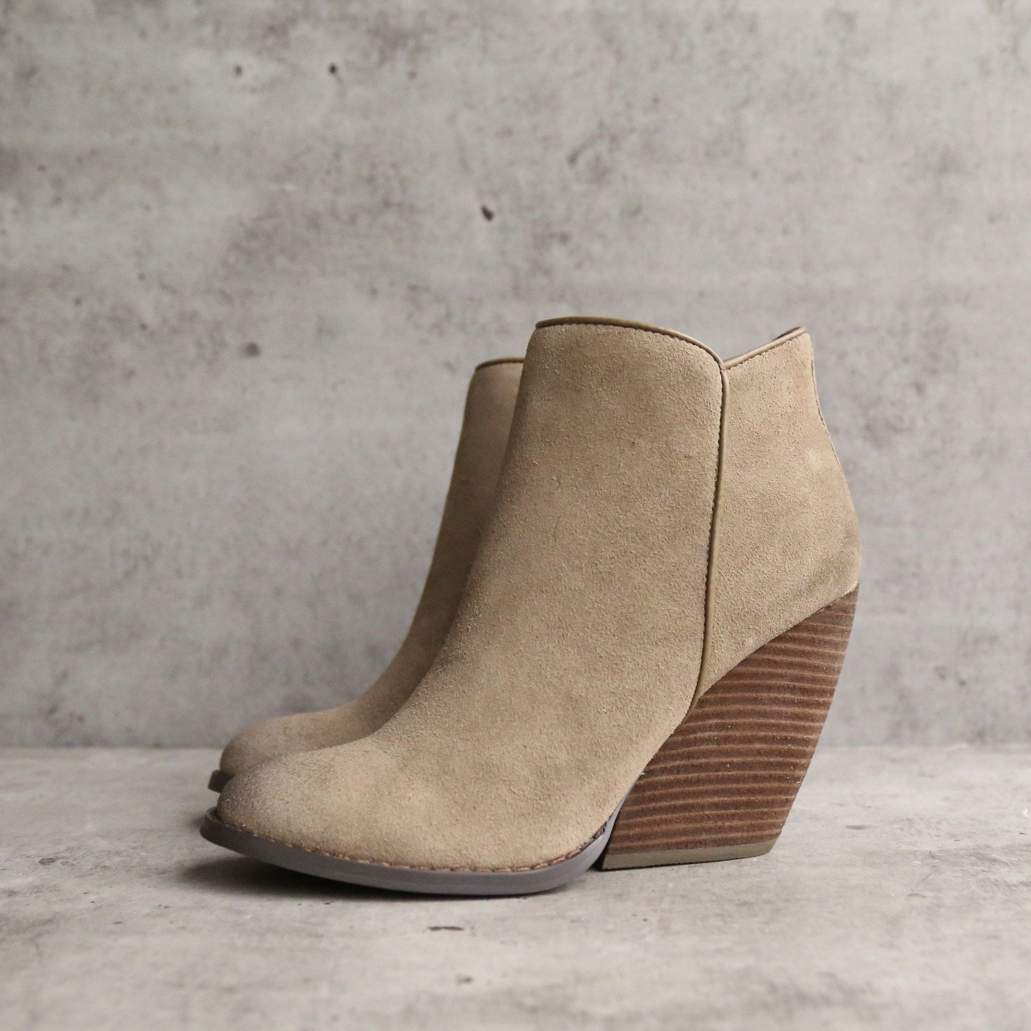 wedge buy boots game a