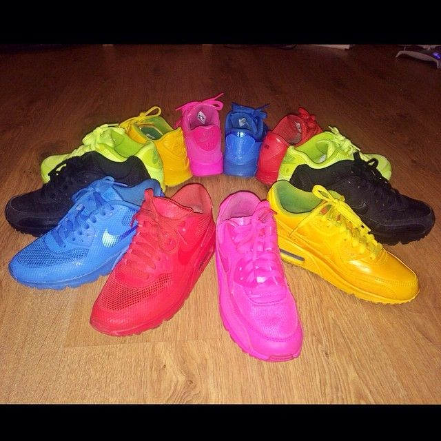 4324fa67ac1 Lady Leshurr s Nike Air Skittle Collection...BAD!!!